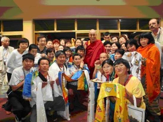 Новосибирцы пострадали от лечившего все болезни «буддийского монаха»