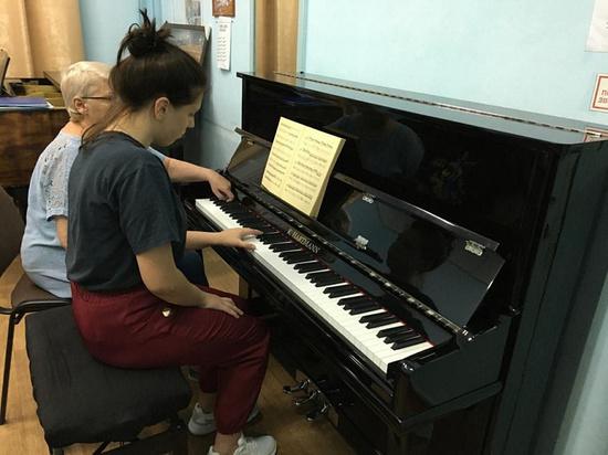 Для детской школы искусств в Гулькевичи закупили музыкальные инструменты и оборудование
