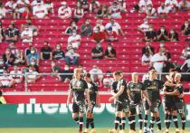 В летний сезон, когда эпидемия коронавируса в Европе вроде бы шла на спад, во всех футбольных лигах разрабатывались протоколы возвращения болельщиков на трибуны