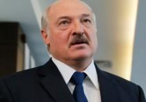 """Президент Белоруссии Александр Лукашенко заявил, что ни в одной стране мира не увидел примера справедливой приватизации, потому в своей не допустит этого процесса """"в угоду """"шарлатанам из-за границы"""""""
