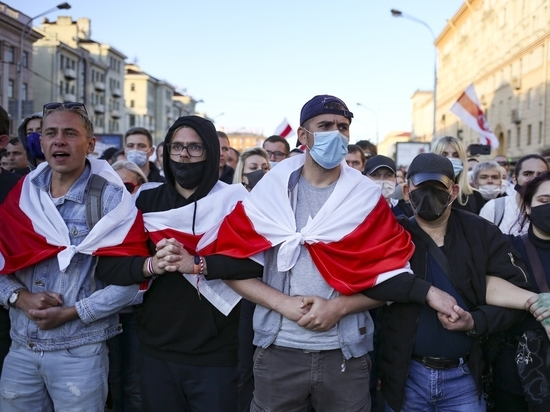 Условием для пакета помощи в Европе назвали демократические выборы