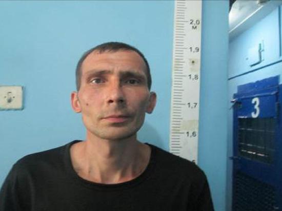 Полиция разыскивает худощавого мужчину