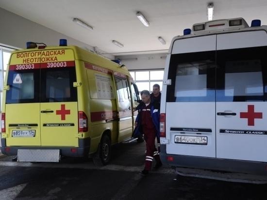 Оторвалось колесо: под Волгоградом в ДТП покалечился водитель