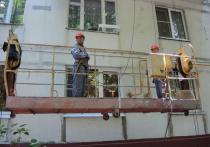 Житель Рублевки, недовольный ремонтом, пытался подпилить трос люльки с рабочими