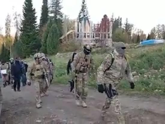 "Появилось видео с задержавшими ""Виссариона"" силовиками на вертолетах"