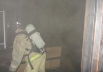 В квартире дома № 140 по улице Ворошилова в Серпухове сегодня ночью, 22 сентября, возникло возгорание.