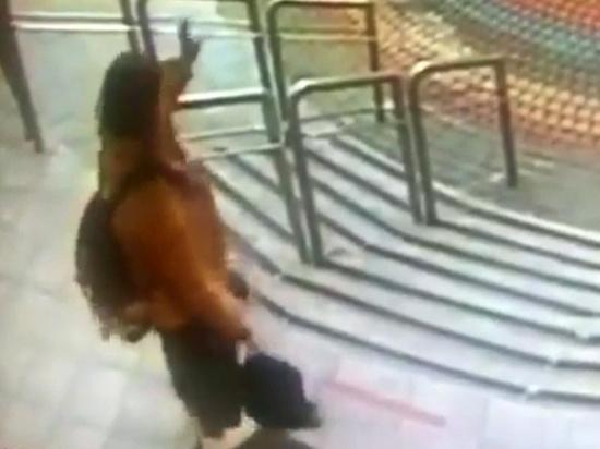 Шестиклассница, которая ушла из дома в центре Москвы 21 сентября, жаловалась на маму, заставляющую приглядывать за младшей сестрой