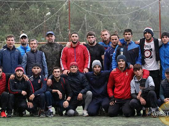 Дагестанские борцы поедут на чемпионат России без болельщиков
