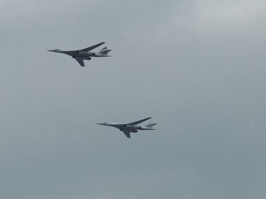 Российские Ту-160 облетели западные границы Белоруссии