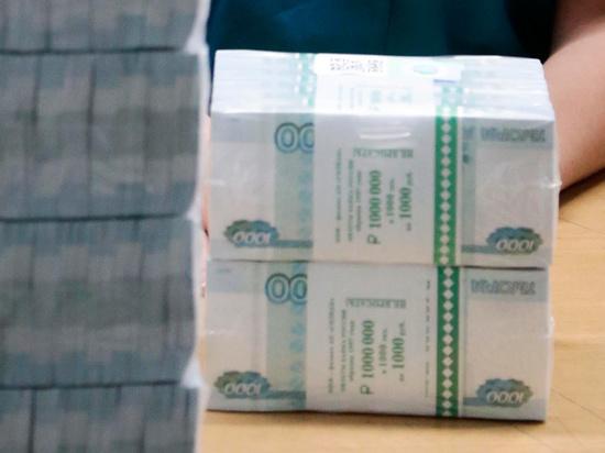 Потерпевший по громкому делу о нападении сотрудников ФСБ на банк «Металлург» лишившийся 136,5 млн рублей частный московский предприниматель Александр Юмаранов во вторник, 22 сентября, дал показания в Московском гарнизонном военном суде