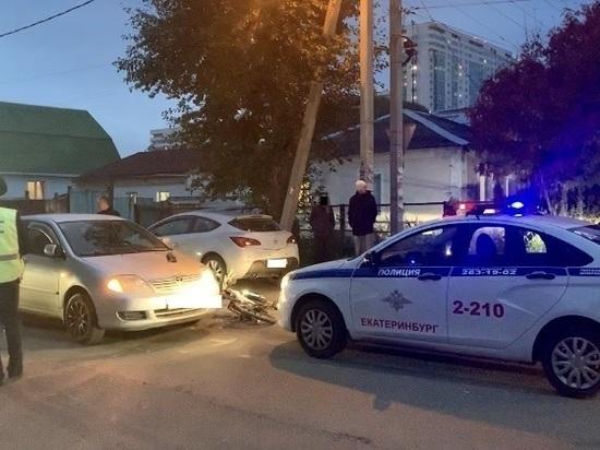 9-летний велосипедист заехал под машину на Волгоградской в Екатеринбурге