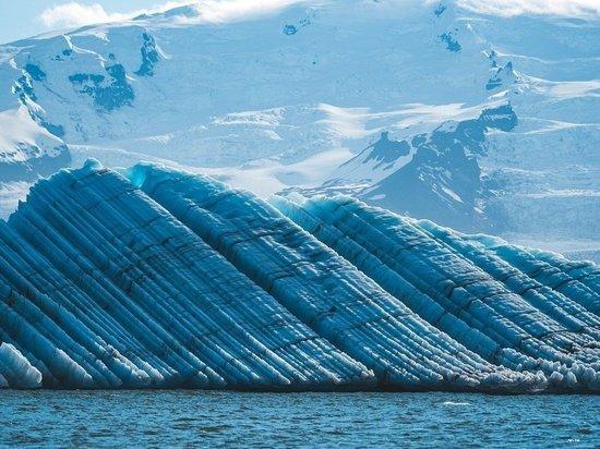 В Исландии через 76 лет оттаял врезавшийся в ледник самолет