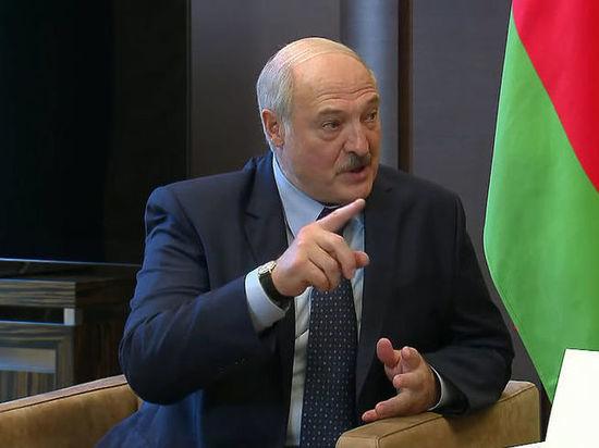Лукашенко заявил, что цветная революция в Белоруссии провалилась