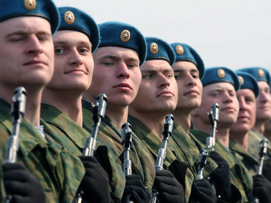 В Белоруссии десантировалась батальонно-тактическая группа ВДВ России