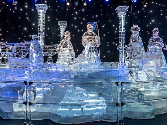 Сказки и космос: жители Нового Уренгоя выбирают тематику ледового городка
