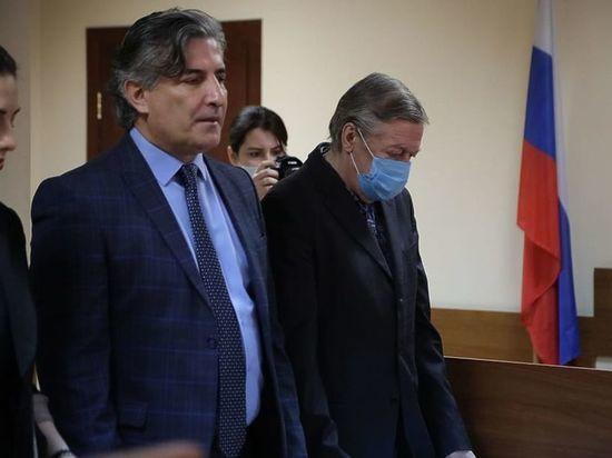 Новый адвокат Ефремова заявил о давлении Пашаева на актера