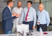 Всего на конкурс было отобрано 200 вин российских производителей, отобранных по результатам преселекции