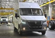 Накануне этого важного для отрасли события Горьковский автозавод презентовал инновационный транспорт, работающий на электричестве