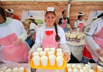 Детей в Башкирии обеспечивают натуральной молочкой