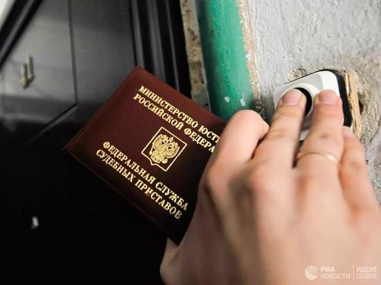 Алиментщику из Саяногорска не удалось скрыться от судебных приставов