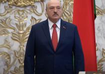 Президент Белоруссии Александр Лукашенко ответил по поводу проведения своей инаугурации без уведомления для СМИ и послов, и без прямой трансляции по телевидению, сообщает БЕЛТА