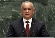 Накануне выборов президент Молдавии Игорь Додон оказался в сложном положении