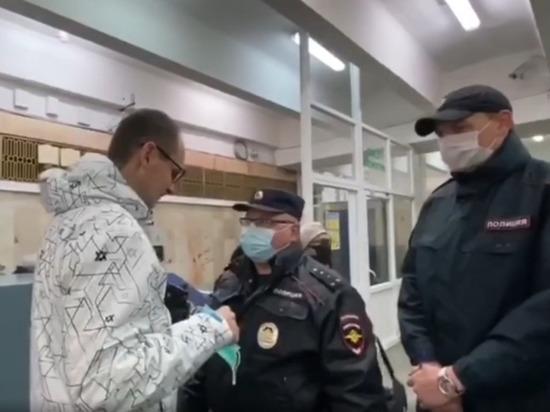 В метро и ТРЦ Екатеринбурга прошли «масочные» рейды