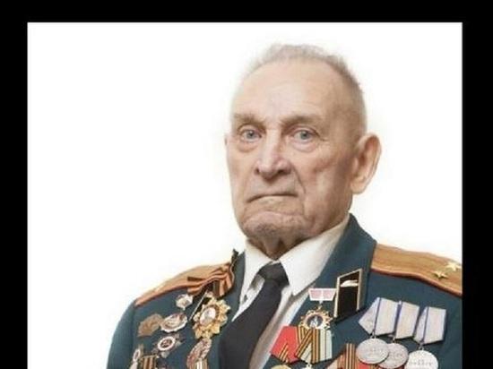 Скончался расписавшийся на стене Рейхстага в Берлине ветеран