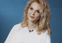 Никулинский суд Москвы в пятницу,  25 октября, в очередной раз провёл закрытое от глаз журналистов заседание по разводу певицы Пелагеи и хоккеиста Ивана Телегина