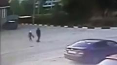Появились кадры похищения нижегородской девочки: пошла за убийцей