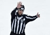 """В Континентальной хоккейной лиге наступили тяжелые времена: команды одна за одной сообщают о вспышках коронавируса, выставляют молодежные составы или получают технические поражения. При этом сезон упорно продолжается. """"МК-Спорт"""" рассказывает о том, как главная хоккейная лига Европы пытается игнорировать пандемию."""