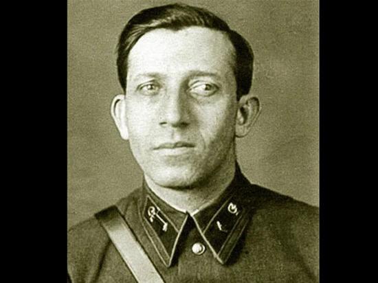 Григорий Майрановский,  которого называли «доктор «Смерть», сам участвовал в операциях по устранению