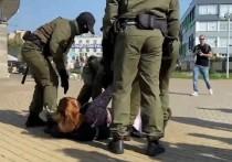 С утра субботы, 26 сентября, в центр Минска начали стягивать дополнительные отряды силовиков и колонны спецтехники