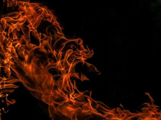 Утром в Кемерове загорелась квартира