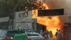 Очевидцы сняли на видео взрыв на автомойке в Сочи