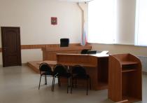 Кировский суд Уфы арестовал на 13 суток бывшего руководителя признанной экстремистской организации «Башкорт» Фаиля Алсынова за запрещенную тонировку на автомобиле