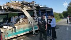 Под Калининградом рейсовый автобус столкнулся с грузовиком