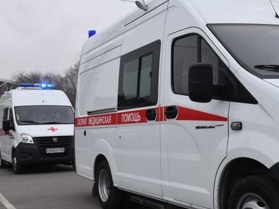 В Волгоградской области внедорожник сбил мопедиста
