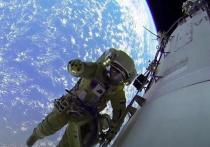 Источник в ракетно-космической отрасли сообщил РИА Новости, что на Международной космической станции скорость утечки воздуха увеличилась в пять раз за последние месяцы