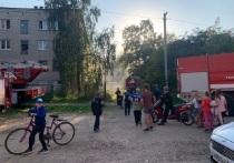 Неосторожное обращение с огнем стало причиной пожара в псковских общежитиях
