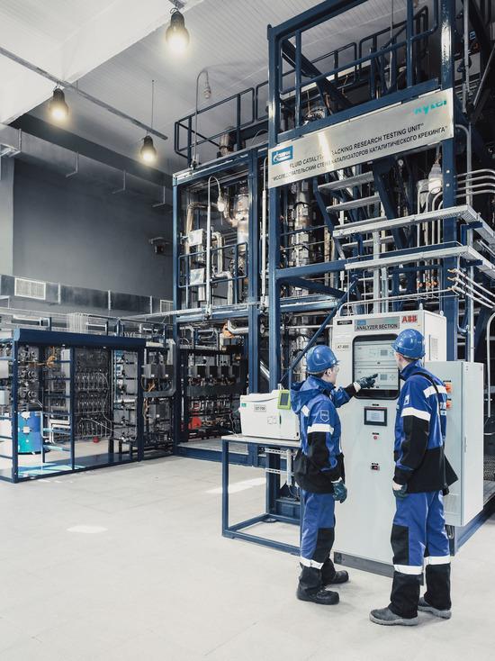 Омский НПЗ модернизирует установку каталитического риформинга