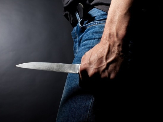 Засиделся в гостях: В рязанском райцентре мужчина зарезал собутыльника