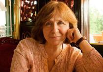 Писательница и лауреат Нобелевской премии Светлана Алексиевич уехала из Белоруссии в Германию