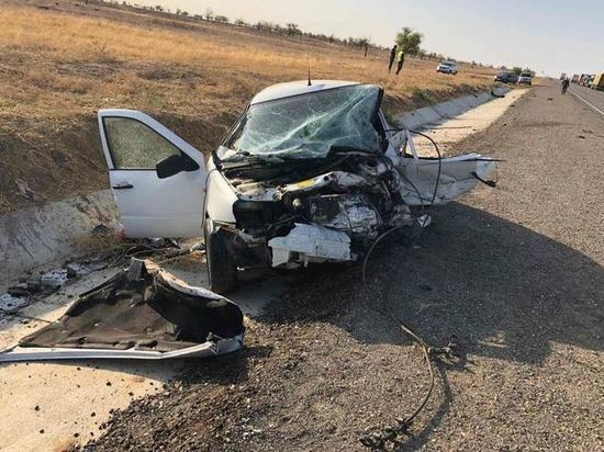 Жители Дагестана погибли в ДТП в Калмыкии