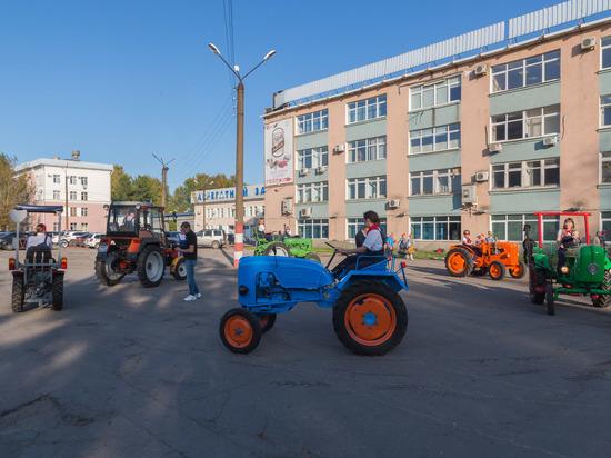 Коллектив «Тракторных заводов» отметил профессиональный праздник