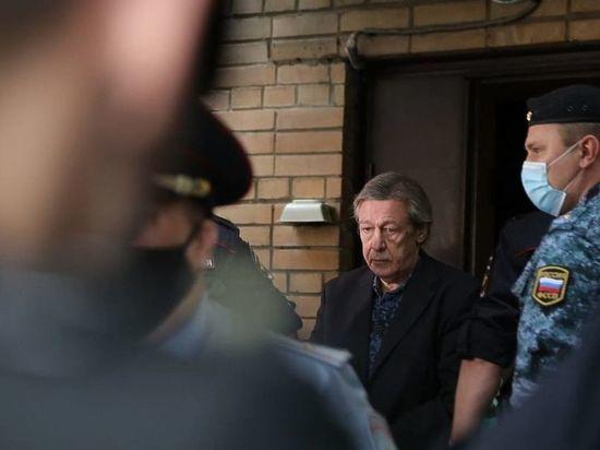 Актёр Михаил Ефремов, осуждённый за ДТП со смертельным исходом, не исключает возможность отбывания наказания в хозотряде московского СИЗО № 5, где сейчас находится