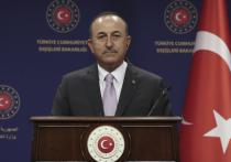 Турция готова помочь Азербайджану в конфликте с Арменией как в мирных переговорах, так и в случае военного столкновения
