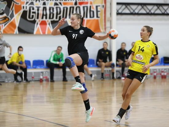 Гандбольное «Ставрополье» дало бой «сборной мира»