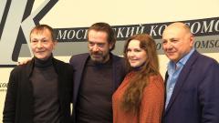 """Владимир Машков и Дарья Мороз получили премии """"МК"""": кадры награждения"""