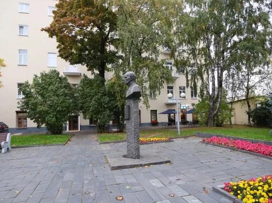 Еще одну территорию в центре Пскова благоустроят